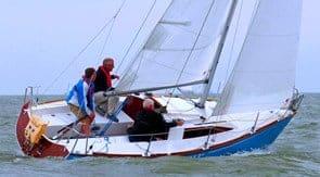 Zeilboot waarschip 660 huren